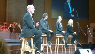 glen campbell s children performing at hope 15